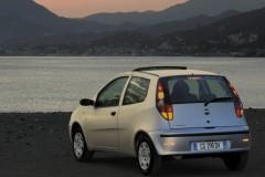 Fiat Punto 3 puerta hatchback foto 5