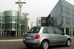 Fiat Stilo hečbeka foto attēls 6