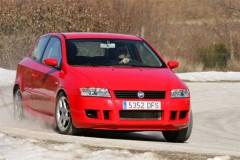Fiat Stilo 3 durvis hečbeka foto attēls 7