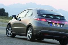 Honda Civic hečbeka foto attēls 8