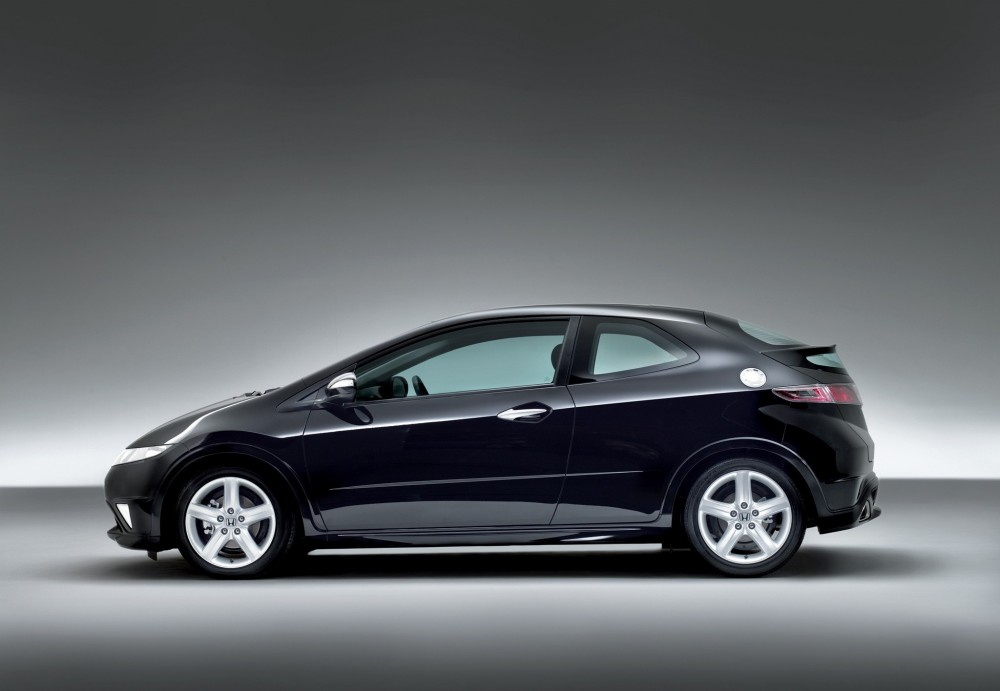 honda civic  door hatchback   reviews technical data prices