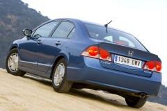 Honda Civic sedana foto attēls 1