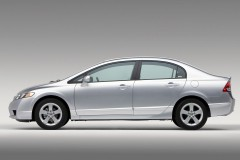 Honda Civic sedana foto attēls 13