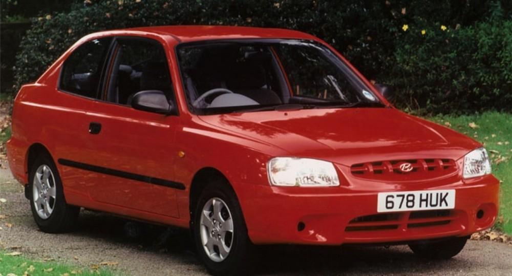 Hyundai Accent 3 Door Hatchback Photo Image 1