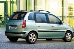 Hyundai Matrix minivan foto 1