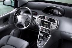 Hyundai Matrix minivan foto 3