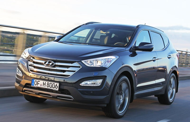 hyundai santa fe 2012 reviews technical data prices. Black Bedroom Furniture Sets. Home Design Ideas