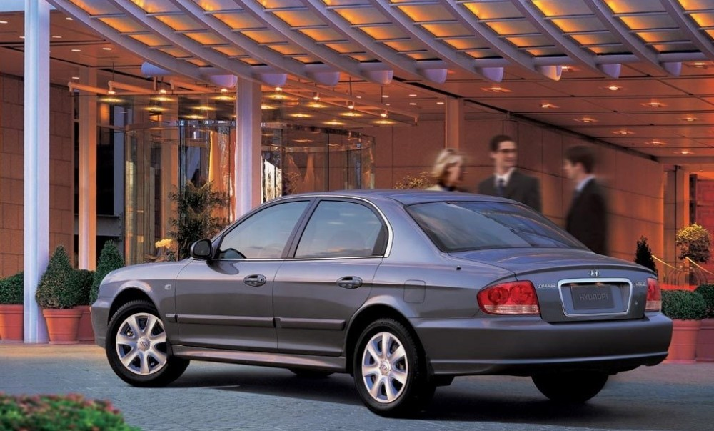 hyundai sonata sedan 2001 2005 reviews technical data prices auto abc