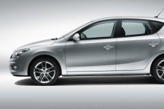 Hyundai i30 hečbeka foto attēls 4
