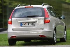 Hyundai i30 universāla foto attēls 1