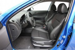 Hyundai i30 hečbeka foto attēls 13