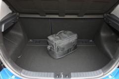 Hyundai i30 hečbeka foto attēls 7