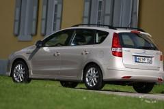 Hyundai i30 universāla foto attēls 11