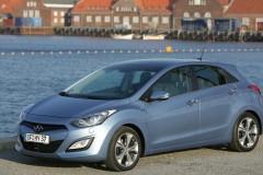 Hyundai i30 hečbeka foto attēls 11