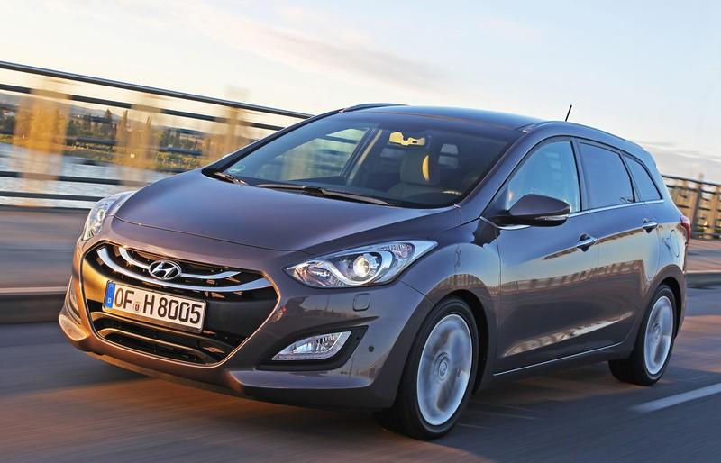 Hyundai i30 2012 foto attēls