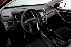 Hyundai i30 universāla foto attēls 3