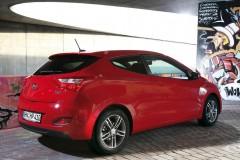Hyundai i30 3 durvis hečbeka foto attēls 10