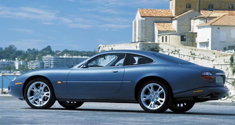 Jaguar XK Coupe 2002 - 2006 reviews, technical data, prices