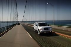 Jeep Patriot foto attēls 8