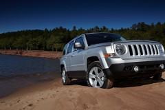 Jeep Patriot foto attēls 2