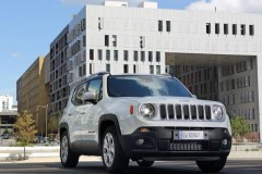 Jeep Renegade foto 17