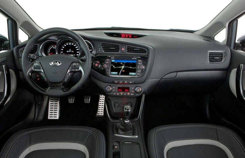 Kia Ceed Hatchback 2012 Reviews Technical Data Prices