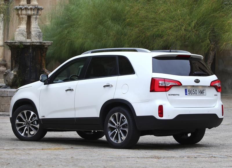 Kia Sorento Photo Image 1