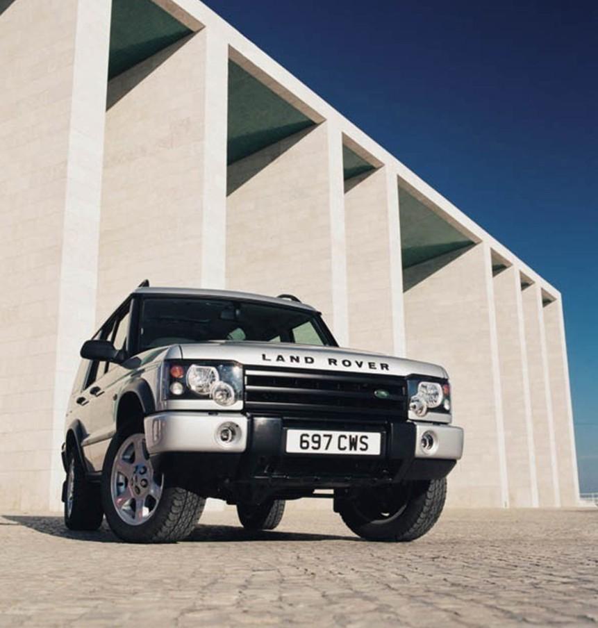 Land Rover Discovery 2002 foto attēls