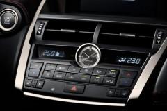 Lexus NX foto attēls 14