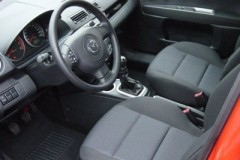 Mazda 2 hatchback photo image 3