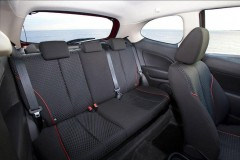 Mazda 2 3 puerta hatchback foto 16