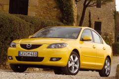 Dzeltena Mazda 3 sedana priekšpuse