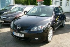 Mazda 3 hatchback photo image 12