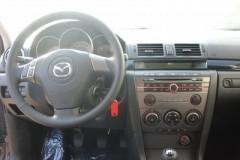 Mazda 3 hatchback photo image 3