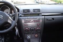 Mazda 3 sedana foto attēls 19