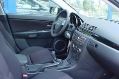 Mazda 3 sedana foto attēls 8