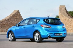 Mazda 3 hatchback photo image 8