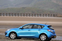 Mazda 3 hatchback photo image 10
