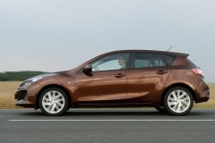 Mazda 3 hečbeka foto attēls 7