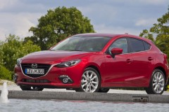 Mazda 3 hečbeka foto attēls 14