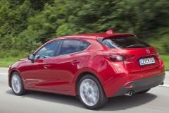Mazda 3 hečbeka foto attēls 18