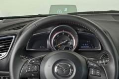 Mazda 3 hečbeka foto attēls 19