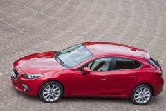 Mazda 3 hečbeka foto attēls 11