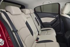 Mazda 3 hečbeka foto attēls 3