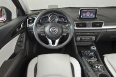 Mazda 3 hečbeka foto attēls 4