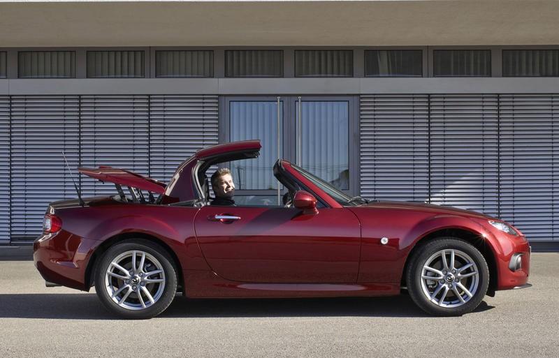 mazda mx 5 cabrio 2013 reviews technical data prices. Black Bedroom Furniture Sets. Home Design Ideas