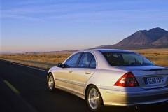 Mercedes C klases sedana foto attēls 4