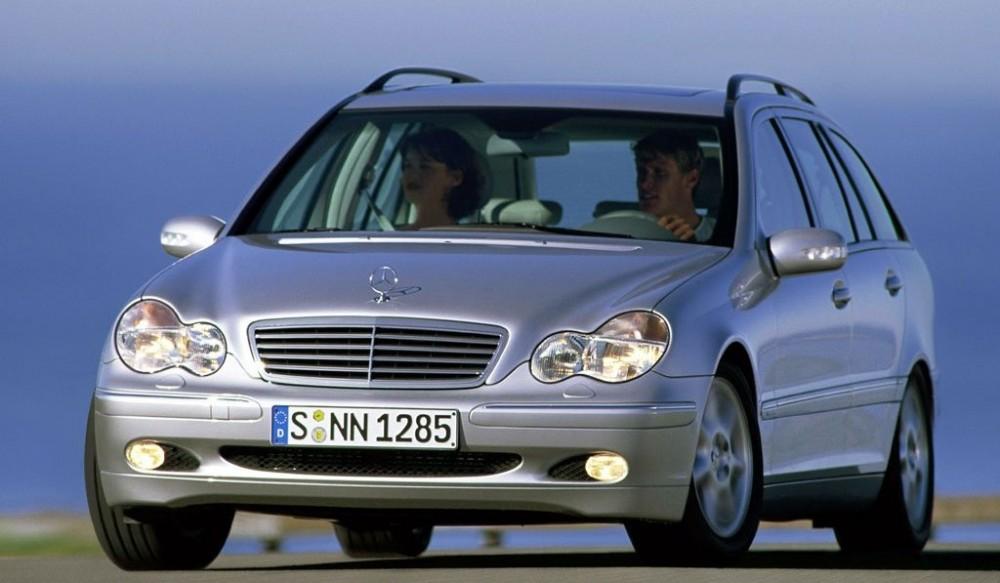 Mercedes C klase 2001 foto attēls