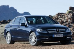 Mercedes C class sedan photo image 1