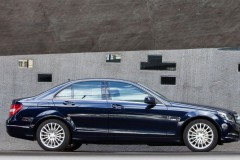 Mercedes C class sedan photo image 8